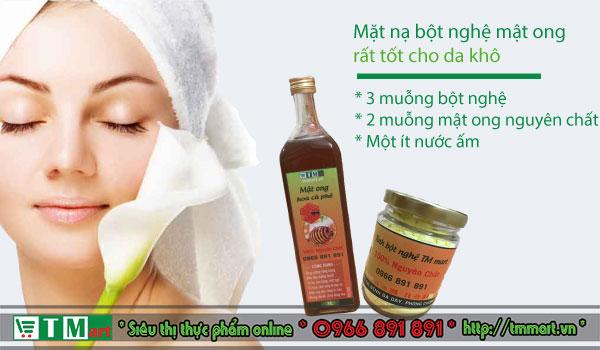 Mặt nạ bột nghệ và mật ong tốt cho da khô